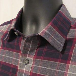 UNTUCKit Men's Shirt